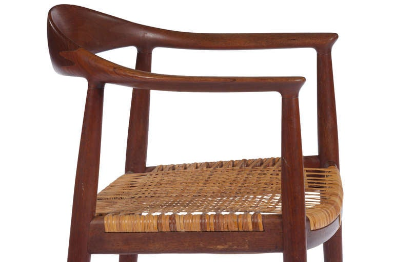 Scandinavian Modern Early Classic Chair by Hans Wegner For Sale