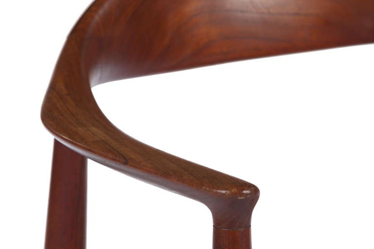 Mid-20th Century Early Classic Chair by Hans Wegner For Sale