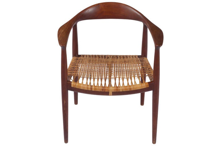Early Classic Chair by Hans Wegner In Good Condition For Sale In Pawtucket, RI