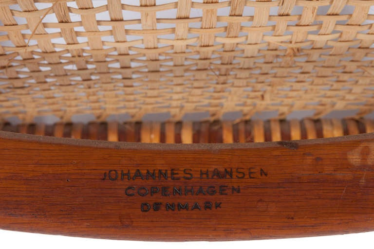Early Classic Chair by Hans Wegner For Sale 1