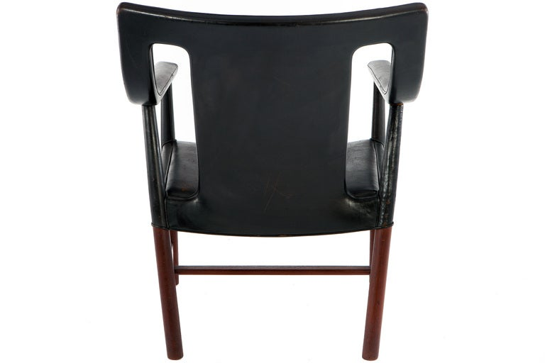 Mid-20th Century Lounge Chair by Ejner Larsen & A. Bender Madsen For Sale