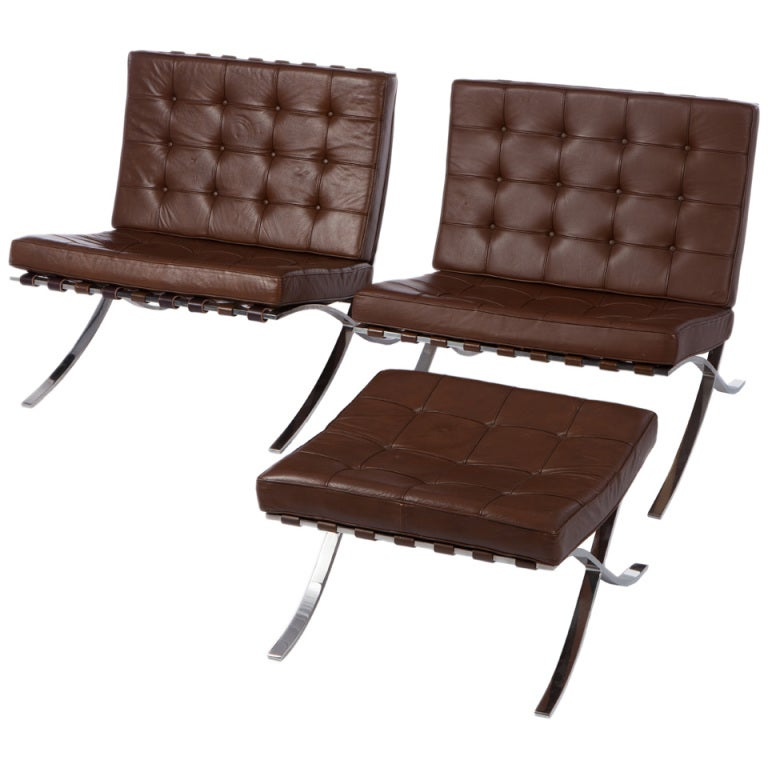 barcelona chairs by ludwig mies van der rohe for knoll at. Black Bedroom Furniture Sets. Home Design Ideas