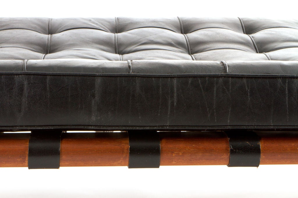 vintage mies van der rohe daybed for knoll at 1stdibs. Black Bedroom Furniture Sets. Home Design Ideas