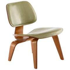 Eames Leather LCW