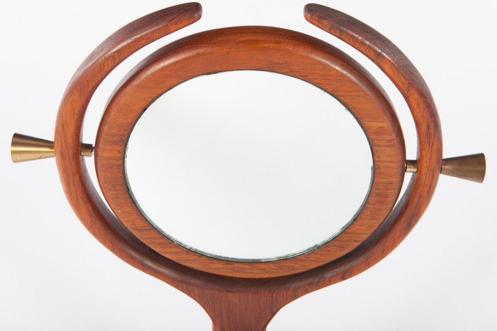American Studio Craft Mirror In Excellent Condition For Sale In Pawtucket, RI