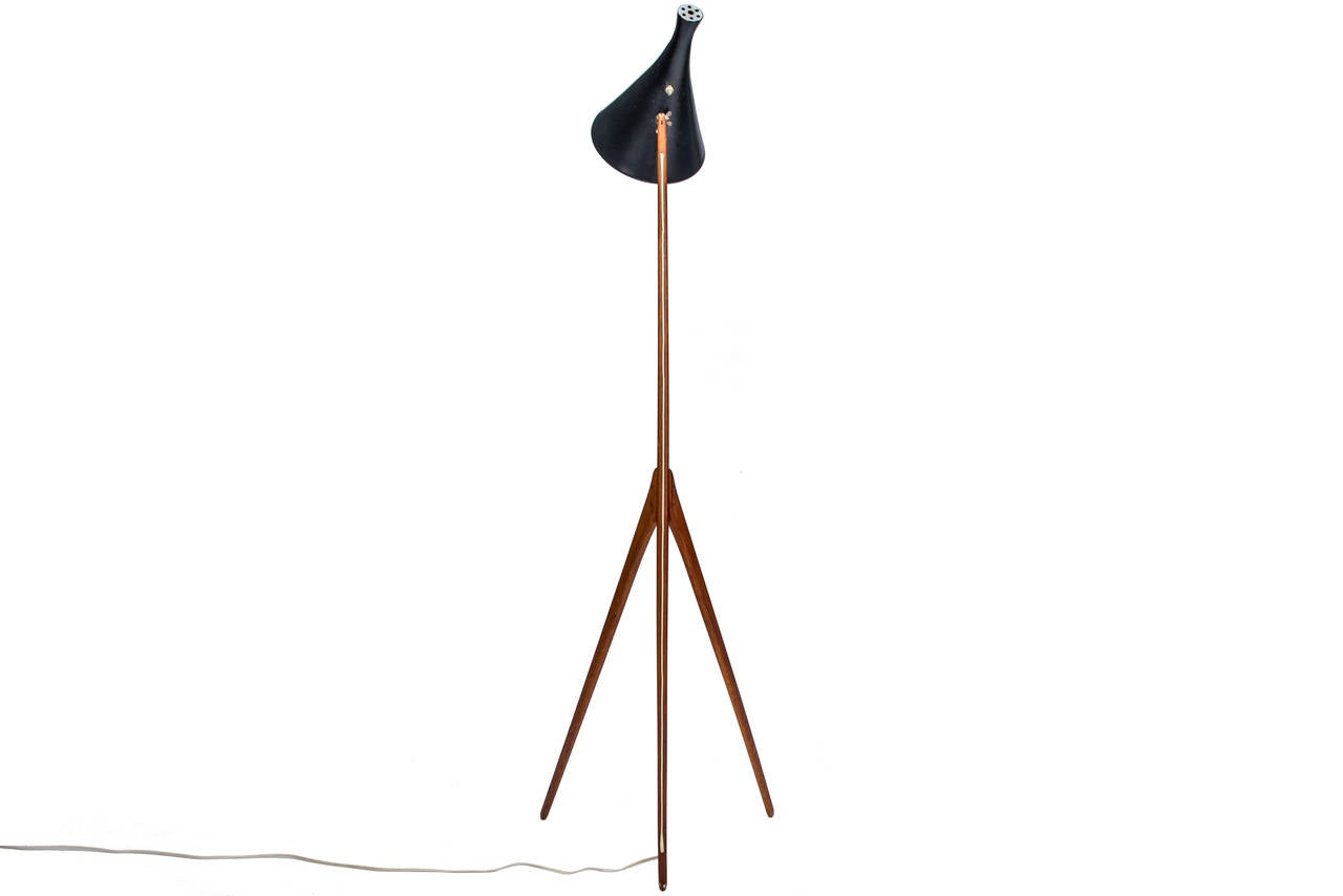 this praying mantis floor lamp by luxus vittsj is no longer. Black Bedroom Furniture Sets. Home Design Ideas