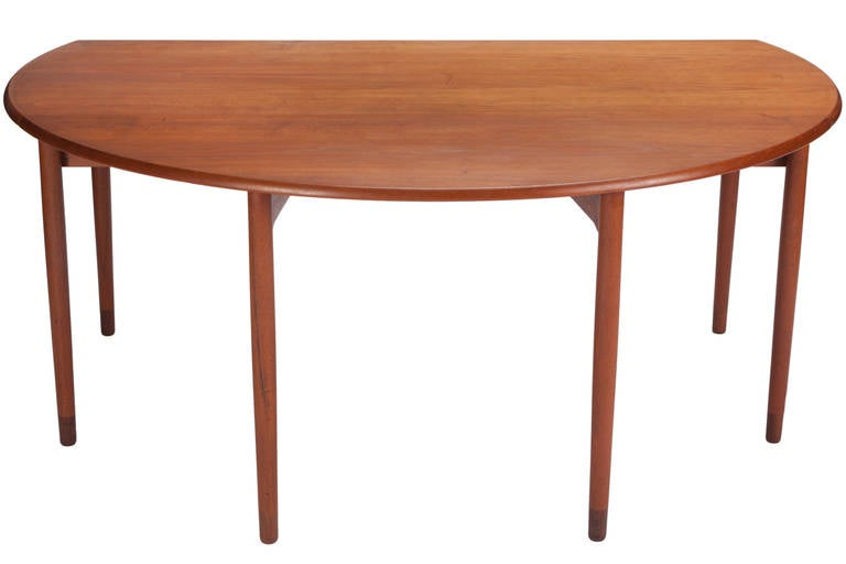Desk by A. Bender Madsen and Ejner Larsen for Willy Beck Cabinetmaker For Sale 1