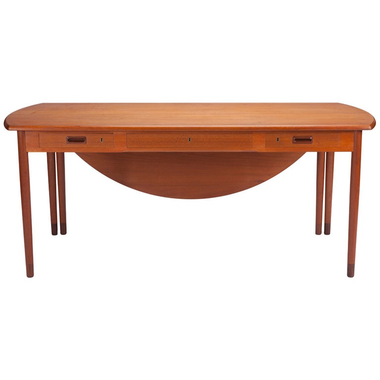 Desk by A. Bender Madsen and Ejner Larsen for Willy Beck Cabinetmaker For Sale