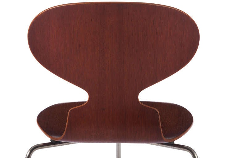 Six Early Arne Jacobsen Three-Legged Ant Chairs In Excellent Condition For Sale In Pawtucket, RI
