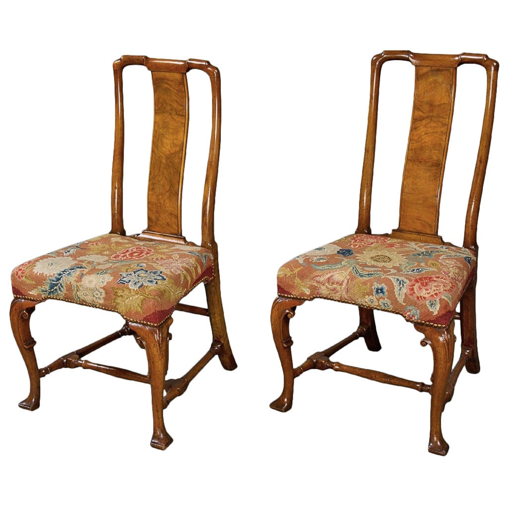 Very Fine Pair of George I Chinese Back Walnut Side Chairs For Sale