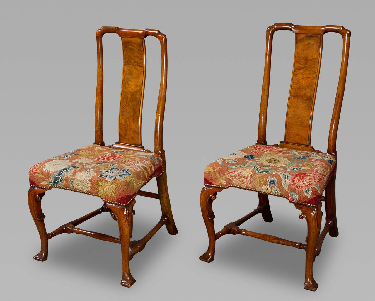 Very Fine Pair of George I Chinese Back Walnut Side Chairs 2