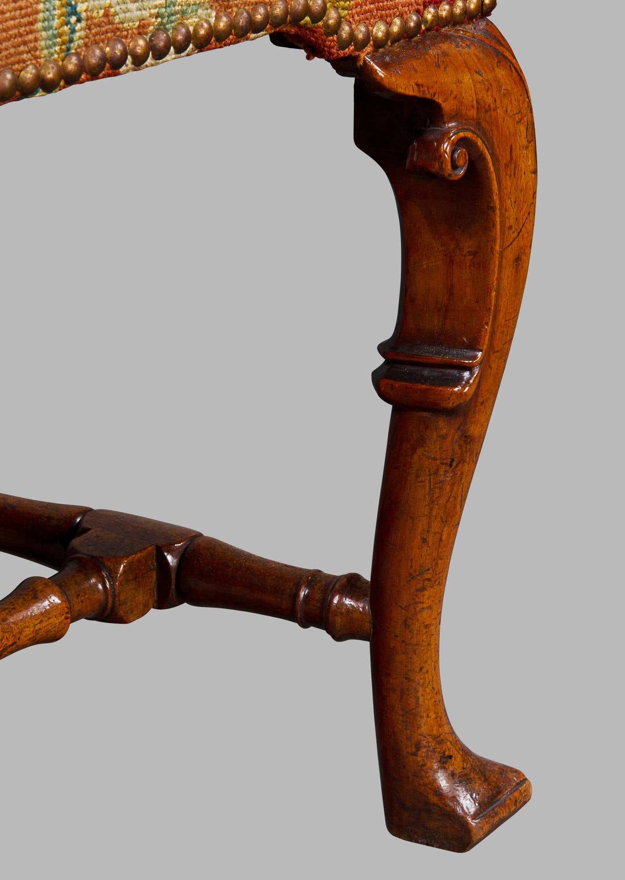 Early 18th Century Very Fine Pair of George I Chinese Back Walnut Side Chairs For Sale