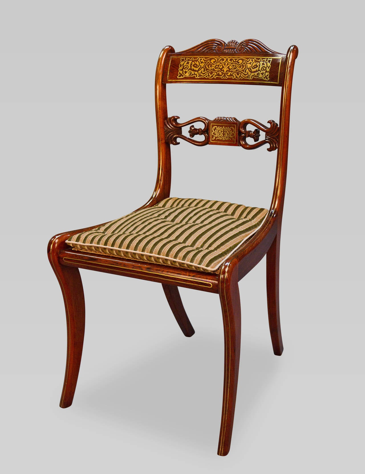 Very Rare Long Set of 16 George III Brass Inlaid Rosewood Dining Chairs 3