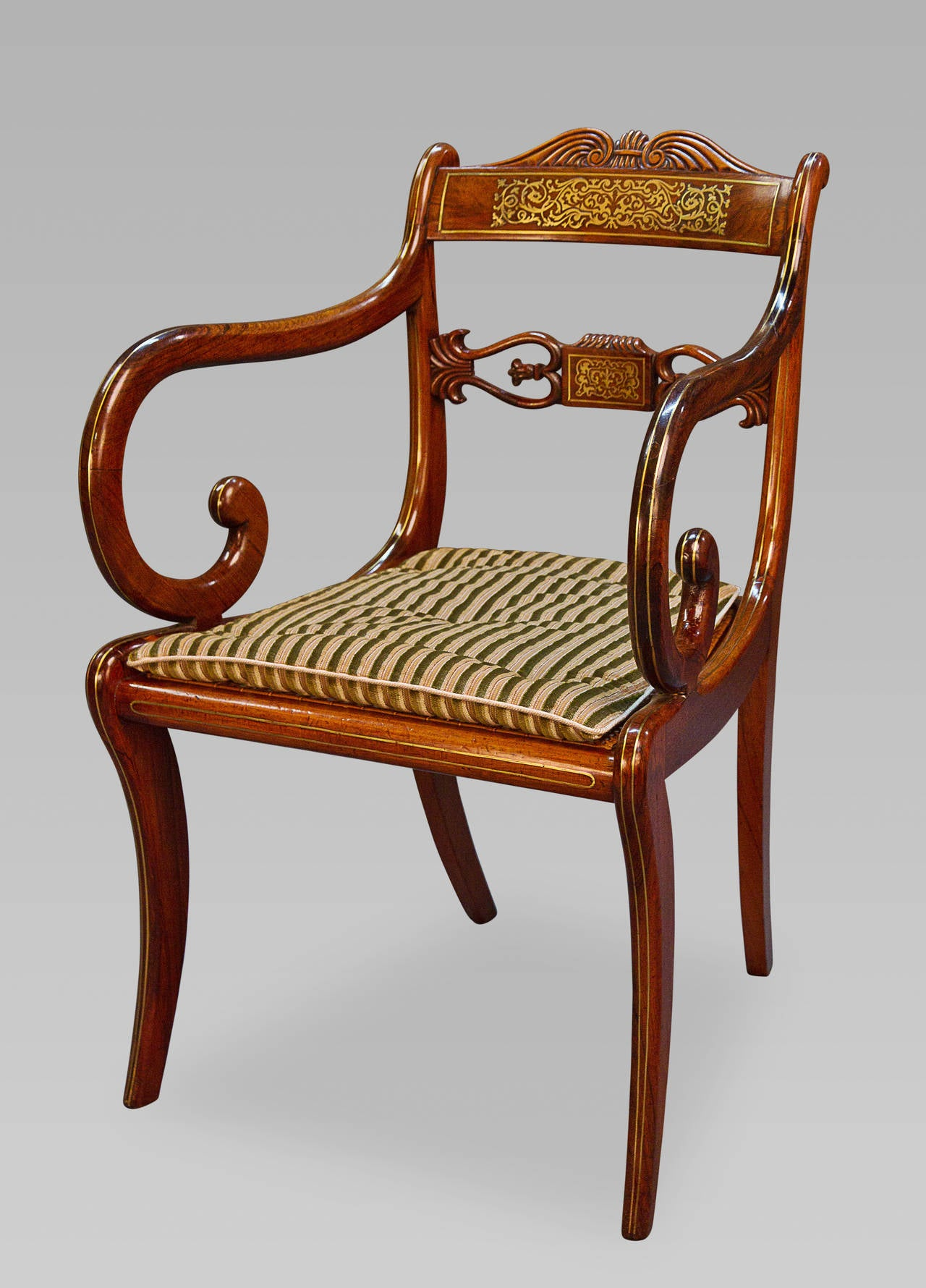 Very Rare Long Set of 16 George III Brass Inlaid Rosewood Dining Chairs 4