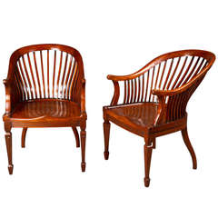 Good Pair of Edwardian Walnut Club Chairs