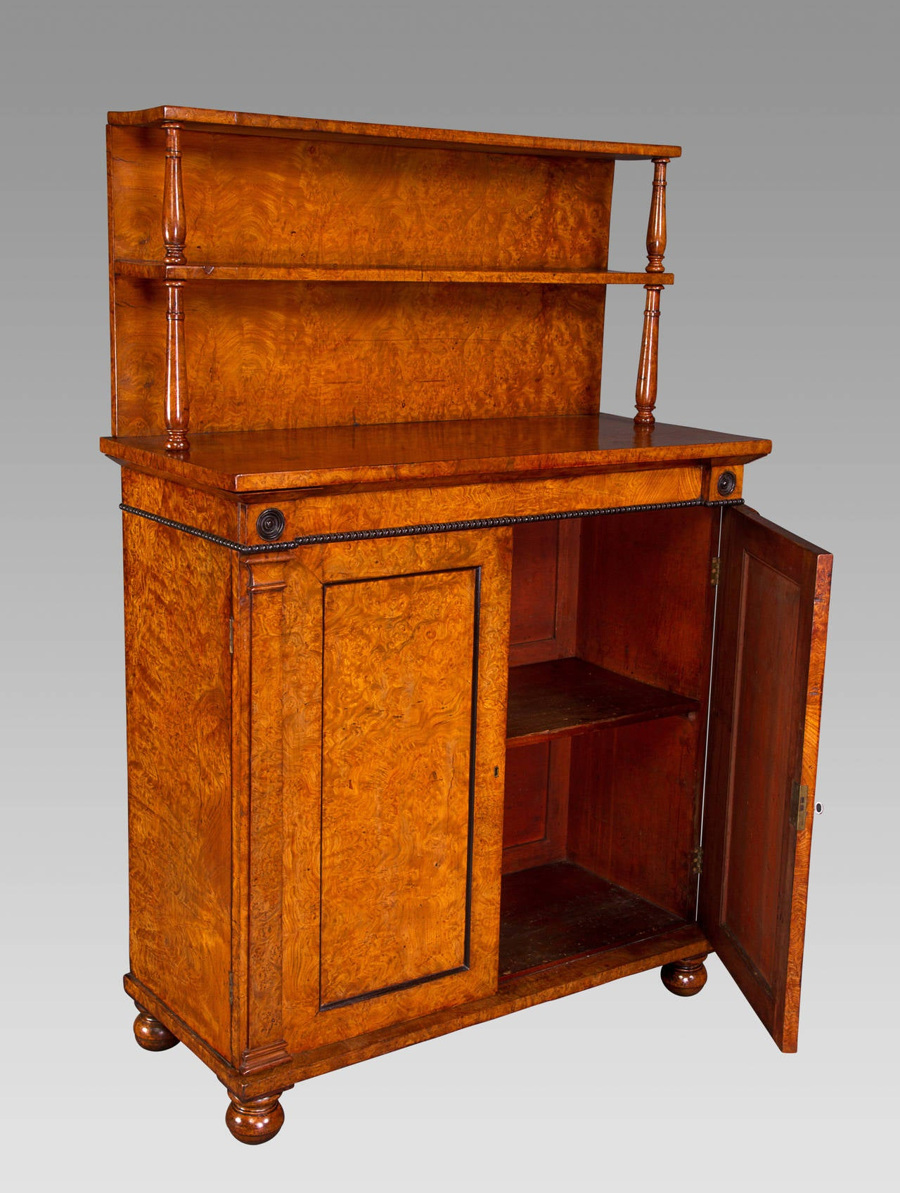 19th Century Superb Quality Regency Chiffonier Cabinet of Small Proportions For Sale