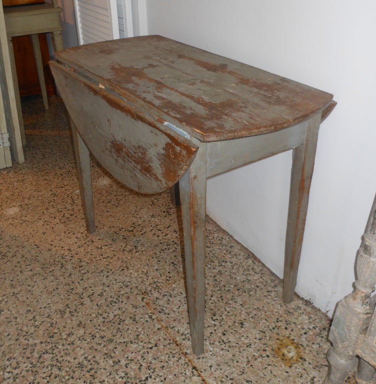 18th Century Swedish Antique Drop Leaf Table in Original  : 910613361614702 from www.1stdibs.com size 752 x 767 jpeg 112kB