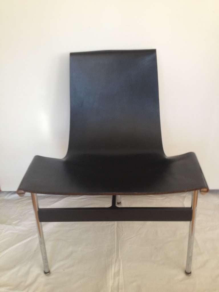 Rare set of eight black leather and polished chrome Lavern Katavolos Littell Kelley three legged Chairs original condition