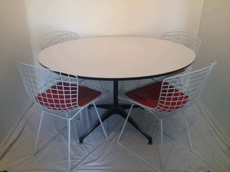 Dining Set Of Four Harry Bertoia Chairs And Danish Formica