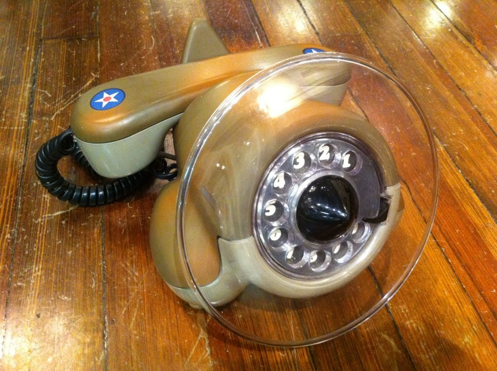 AirPlane  Phone In Excellent Condition For Sale In Westport, CT