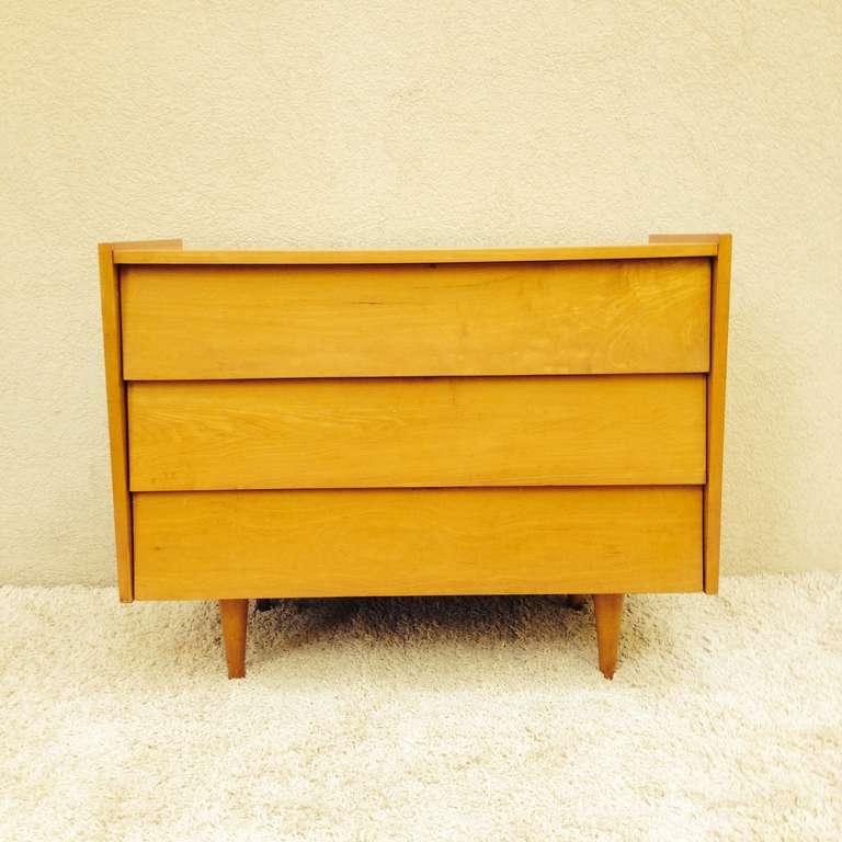 florence knoll bureau for sale at 1stdibs. Black Bedroom Furniture Sets. Home Design Ideas