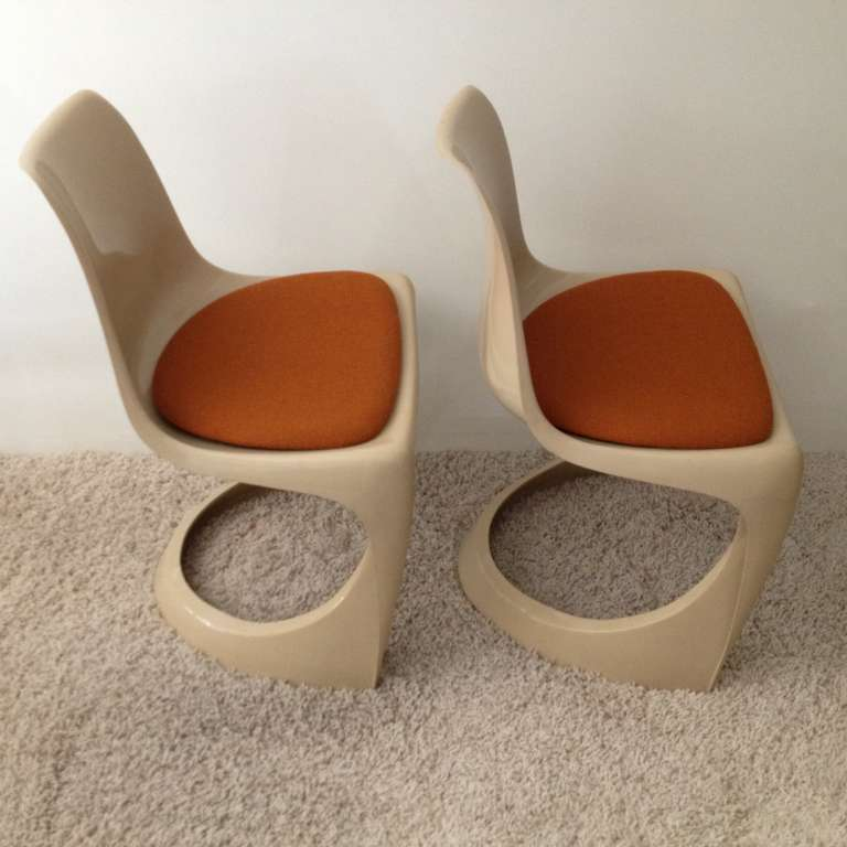 Mid-20th Century Set of Four Molded Plastic Steen Ostergaard Cado Chairs For Sale