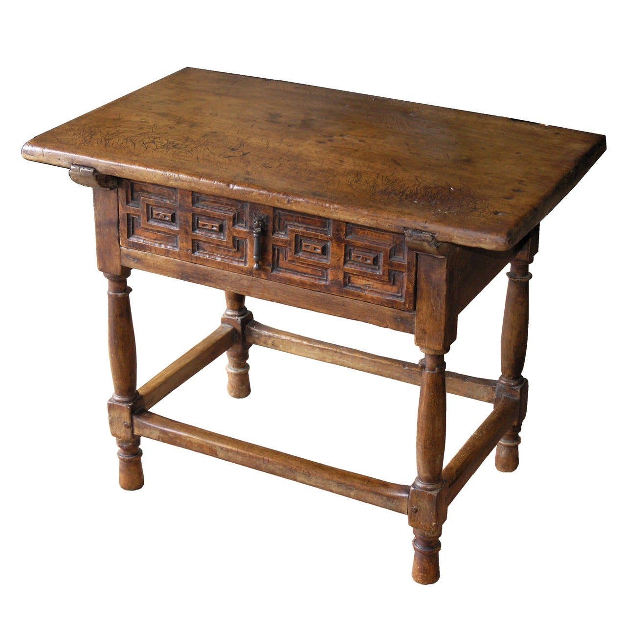 18th century spanish walnut table at 1stdibs for Table in spanish