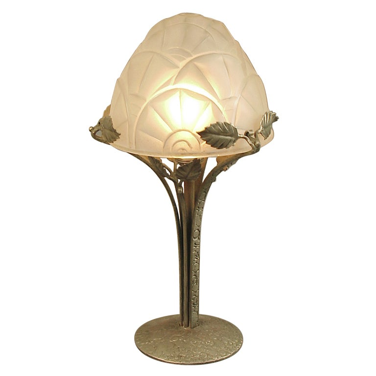 french art deco table lamp by degue wrought iron base at. Black Bedroom Furniture Sets. Home Design Ideas