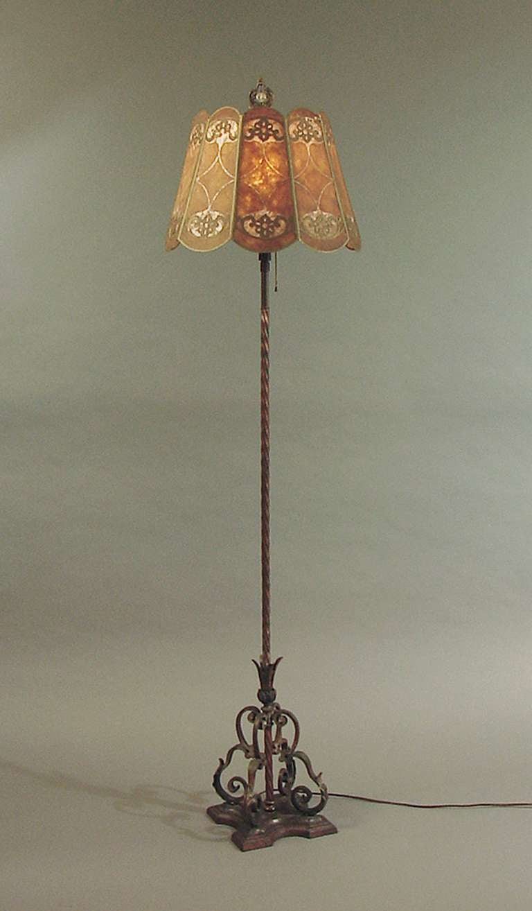 1910 vintage 10 panel mica shaded wrought iron floor lamp at 1stdibs. Black Bedroom Furniture Sets. Home Design Ideas