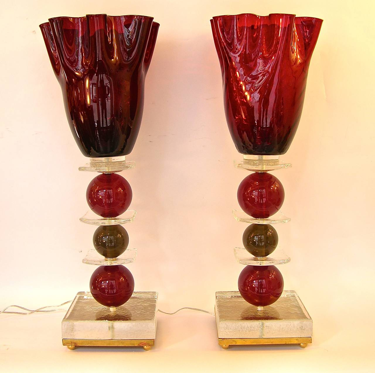 Italian Pair of Tulip Red Murano Glass Lamps, 1970s For Sale 3