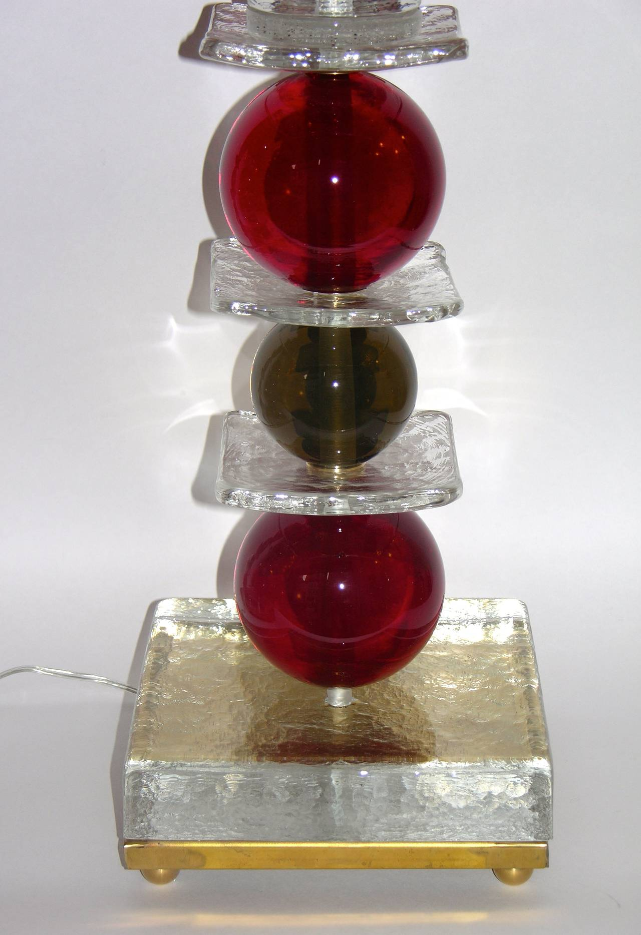 Mid-Century Modern Italian Pair of Tulip Red Murano Glass Lamps, 1970s For Sale