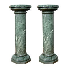 1940s Italian Pair of Antique Hand-Carved Columns in Veined Green Marble