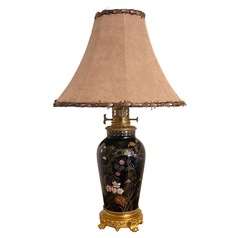 19th Century Elegant French Hand-Painted Porcelain Lamp on Ormolu Base For Sale