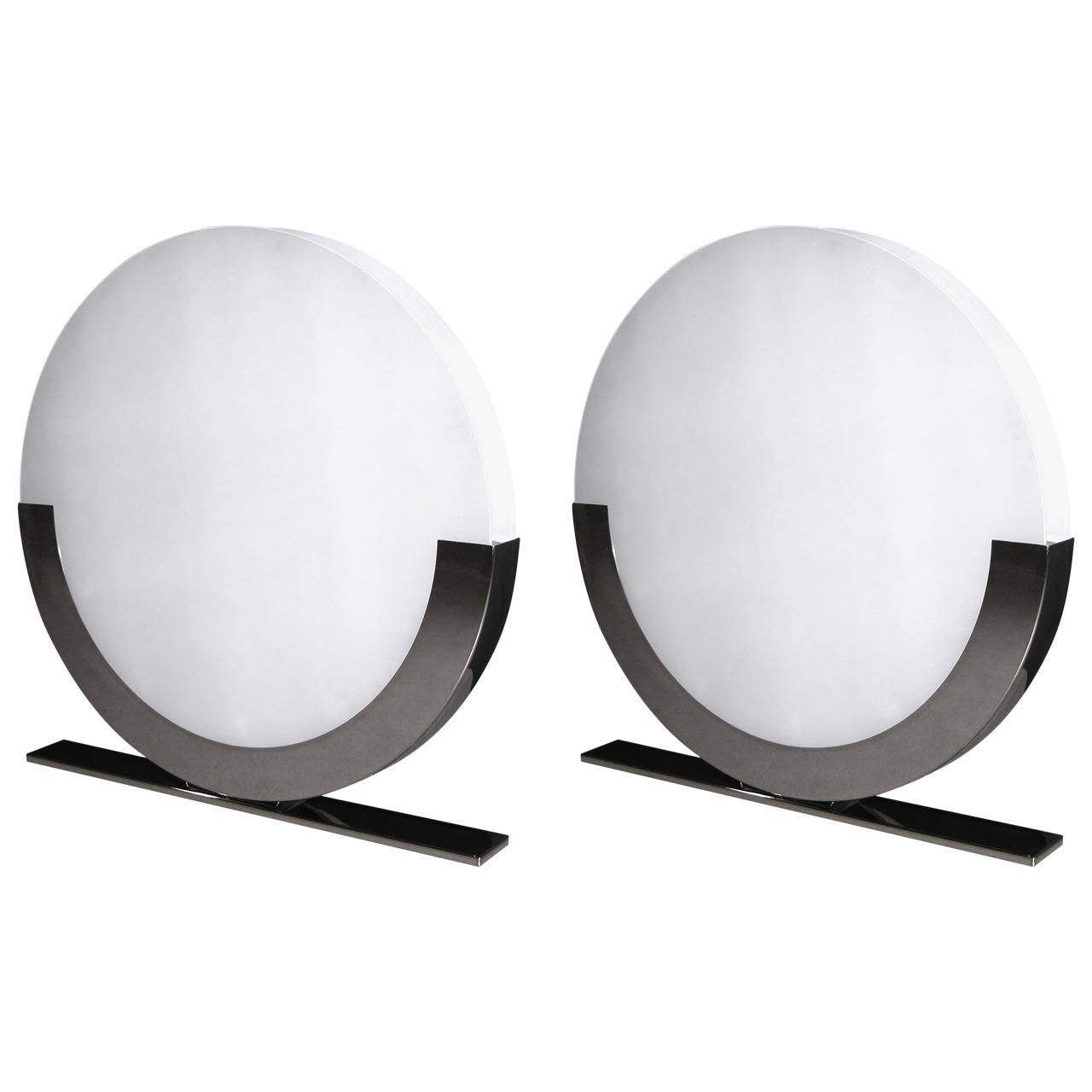 Monumental Italian Design Pair Of White And Chrome Round Floor Or Table  Lamps 1
