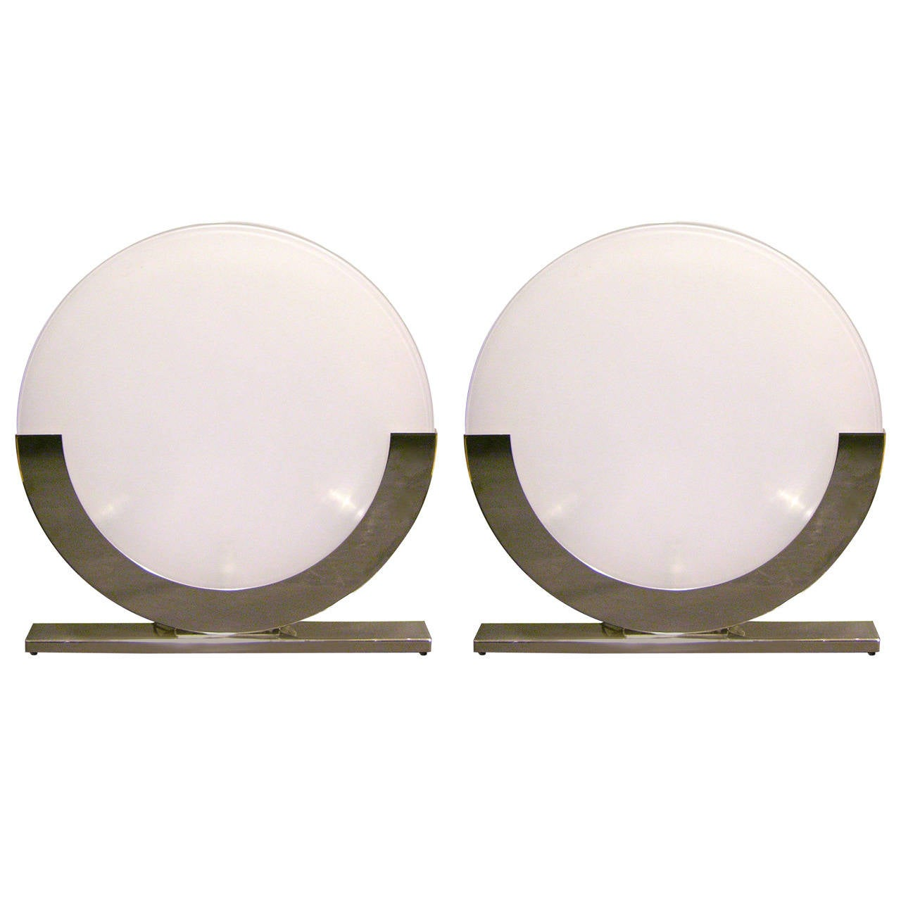 1990 Minimalist Italian Design Pair Of White And Chrome Round Table Lamps 1