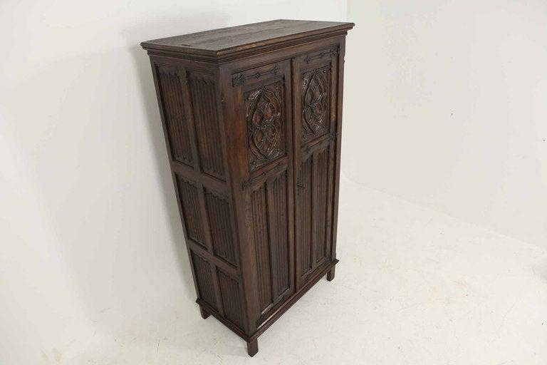 Tudor Style Linen Fold Oak Armoire image 9