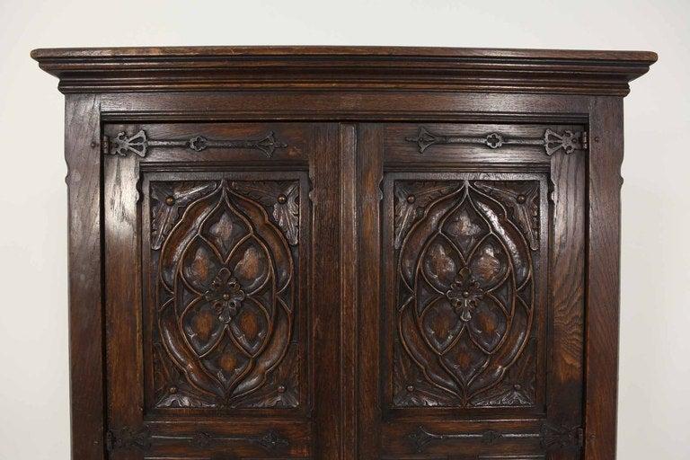 Tudor Style Linen Fold Oak Armoire image 3