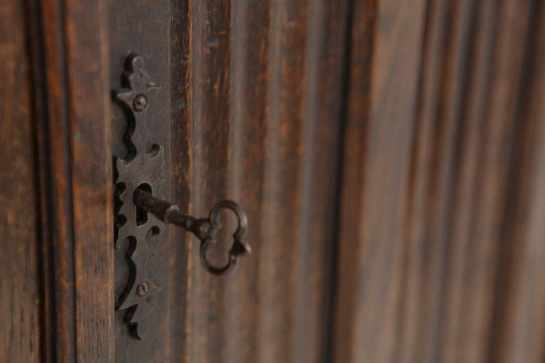 Tudor Style Linen Fold Oak Armoire image 7