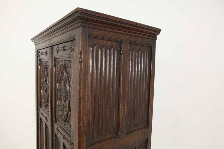 Tudor Style Linen Fold Oak Armoire image 8