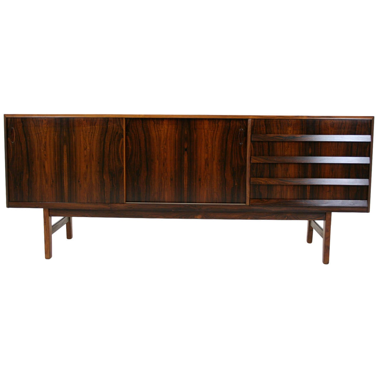danish mid century modern rosewood credenza or sideboard at 1stdibs. Black Bedroom Furniture Sets. Home Design Ideas