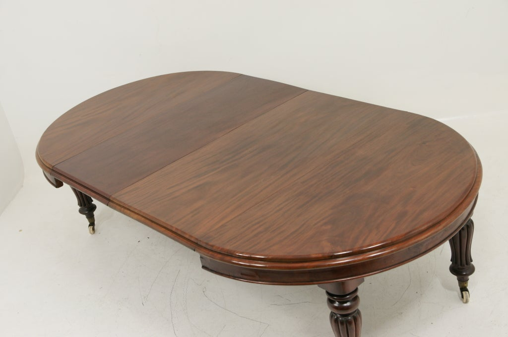 Mahogany Victorian Oval Extending Dining Table At 1stdibs