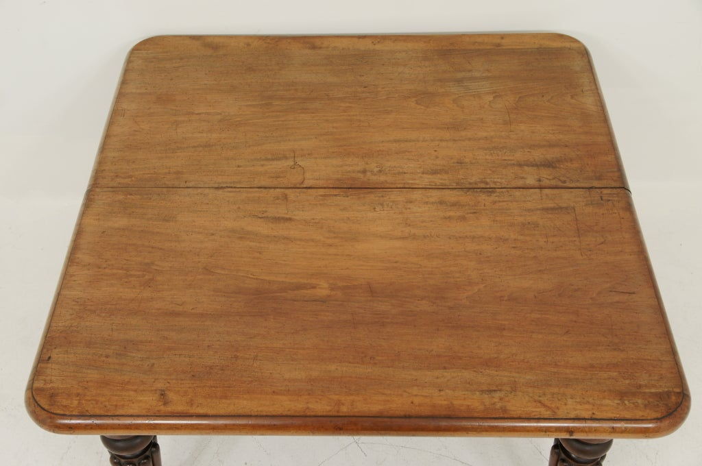 Victorian Mahogany Dining Table and Two (2) Leaves 4
