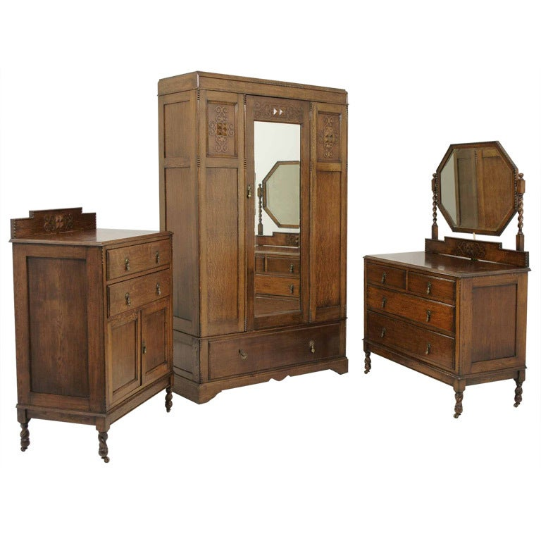 3 piece oak barley twist bedroom suite at 1stdibs for Furniture 3 piece suites