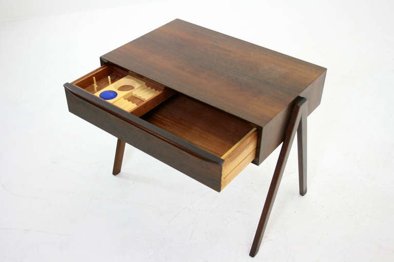 Beautiful Rosewood Sewing Table At 1stdibs