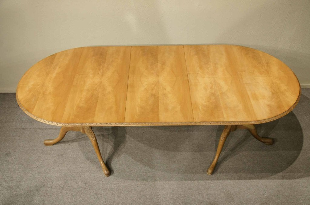 Mahogany Queen Anne Style Dining Table at 1stdibs : 911313499934765 from www.1stdibs.com size 1024 x 680 jpeg 90kB