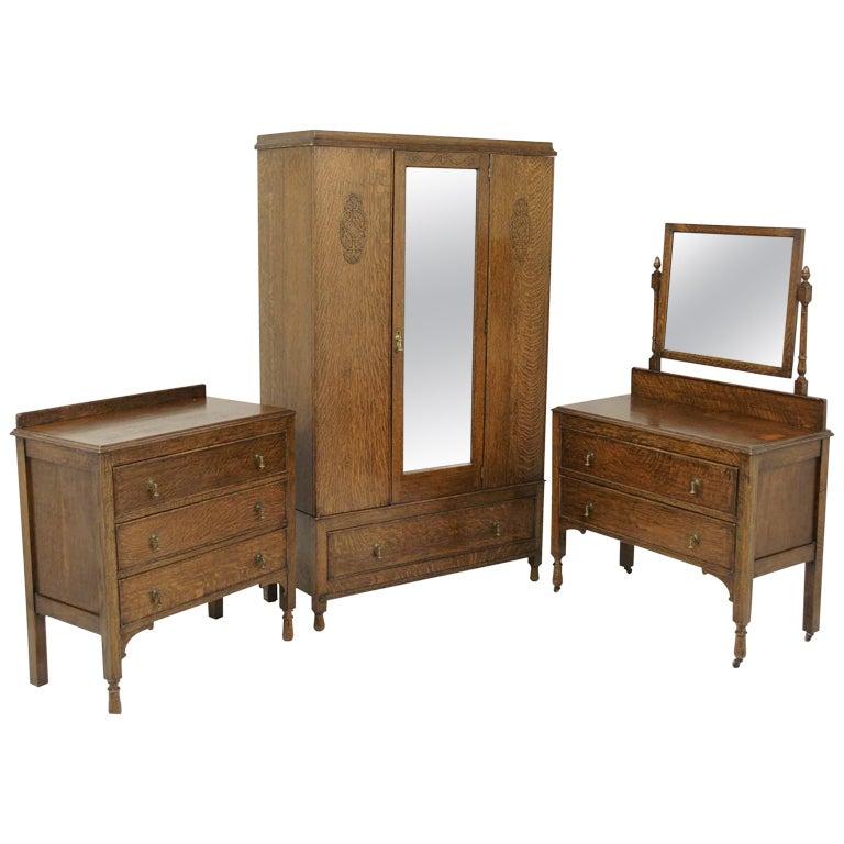 3 piece bedroom suite at 1stdibs for Furniture 3 piece suites