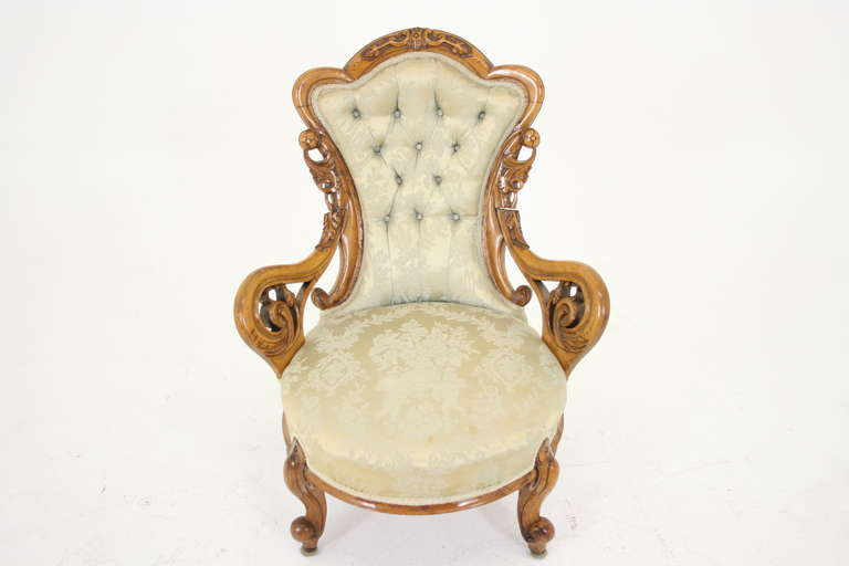Antique Scottish Victorian Mahogany Open-Arm Upholstered Parlor Chair In  Excellent Condition For Sale In - Antique Scottish Victorian Mahogany Open-Arm Upholstered Parlor