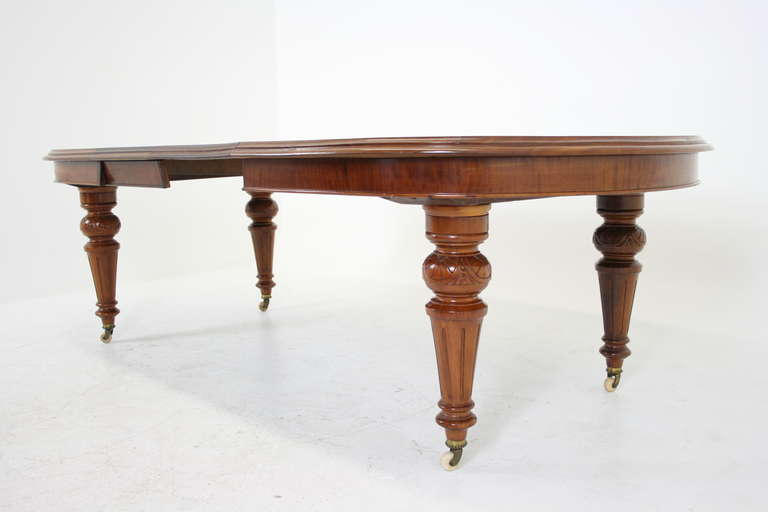 Antique Scottish Victorian Mahogany Oval Dining Table with  : IMG2266l from www.1stdibs.com size 768 x 512 jpeg 21kB
