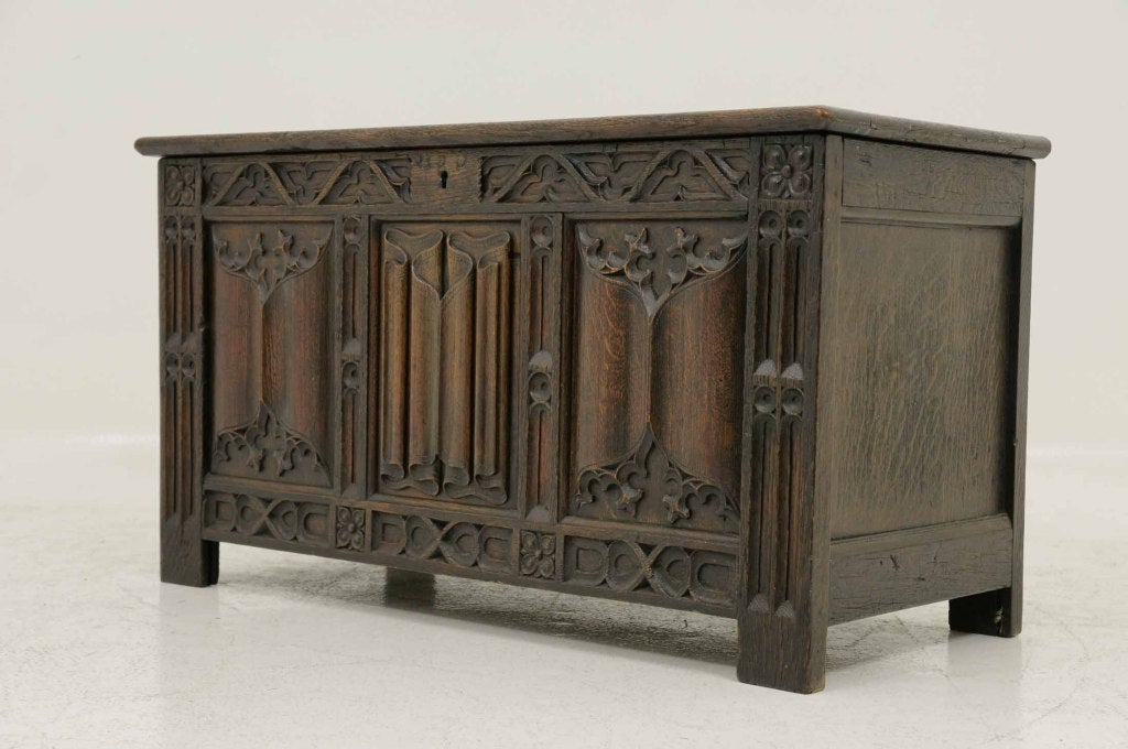 Victorian Carved Oak Coffer, Trunk image 4