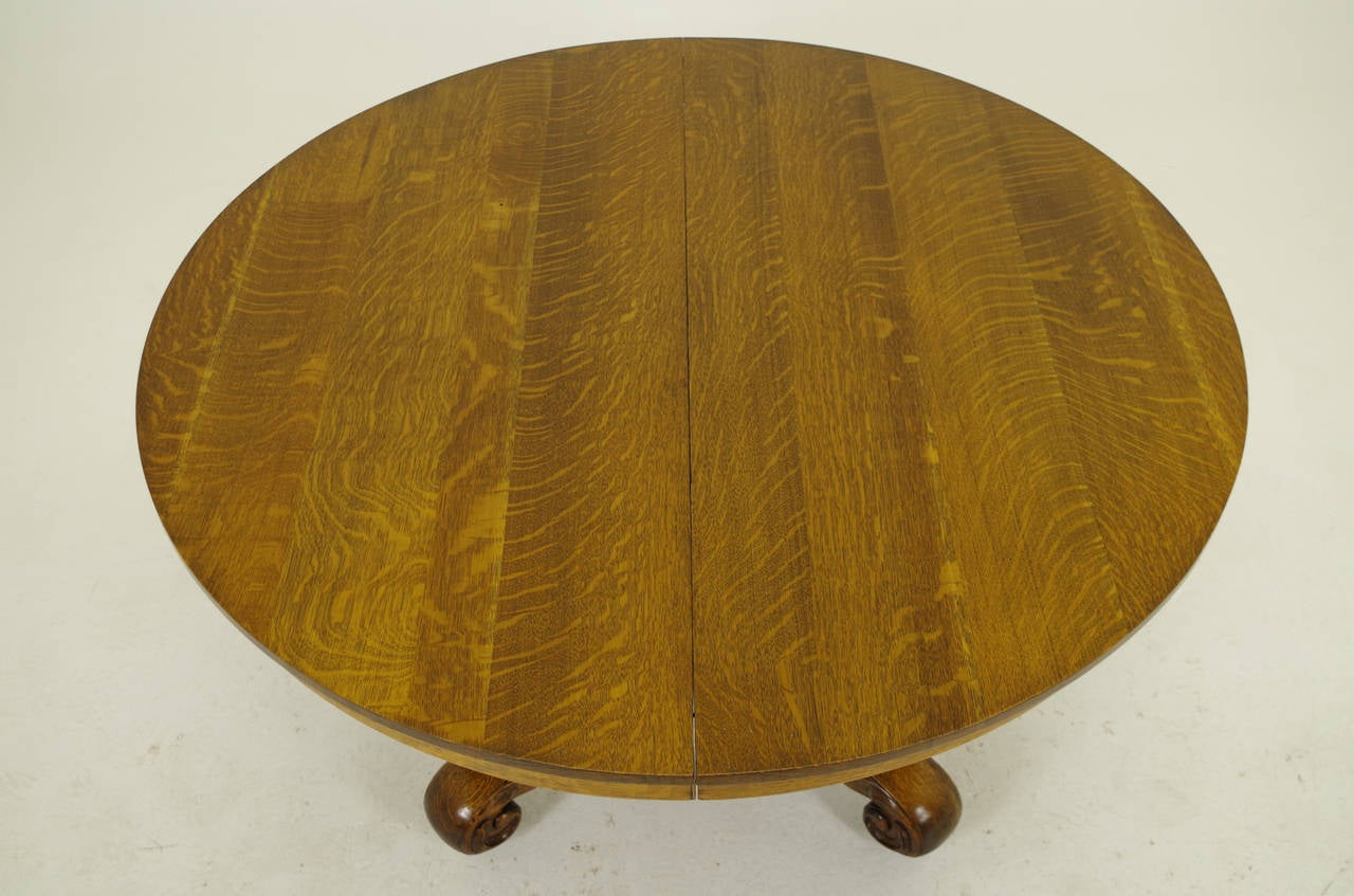 Canadian Round Oak Split Pedestal Dining Table With Four Leaves 1910 For